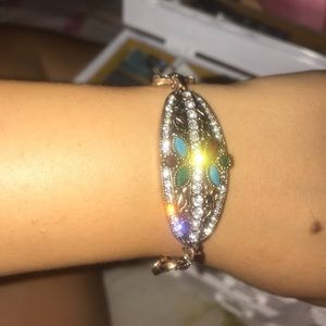 Gorgeous precious stones bracelet